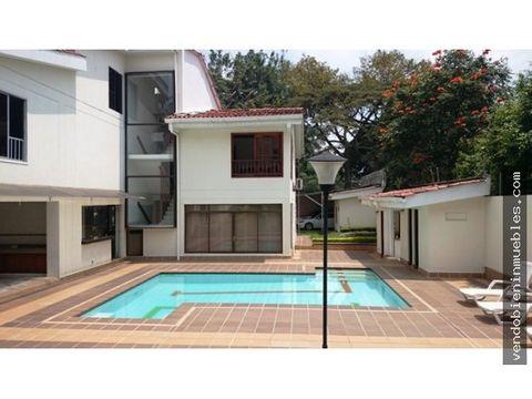 vendo casa independiente con piscina en ciudad jardin cali
