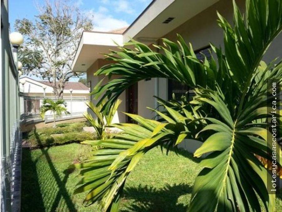 alquiler casa de una planta en curridabat pinares