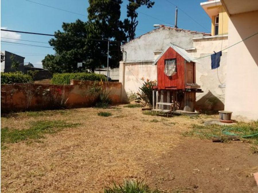 casa mixco pinares de san cristobal