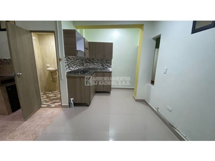 apartamento en arriendo en aranjuez la pinuela cod a11 96