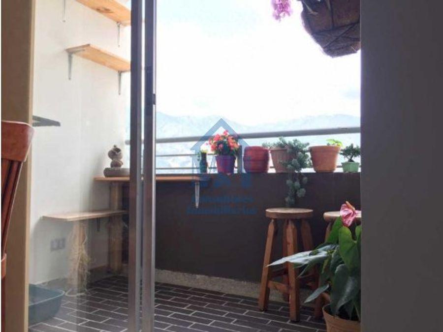 apartamento con parqueadero en barrio perez bello