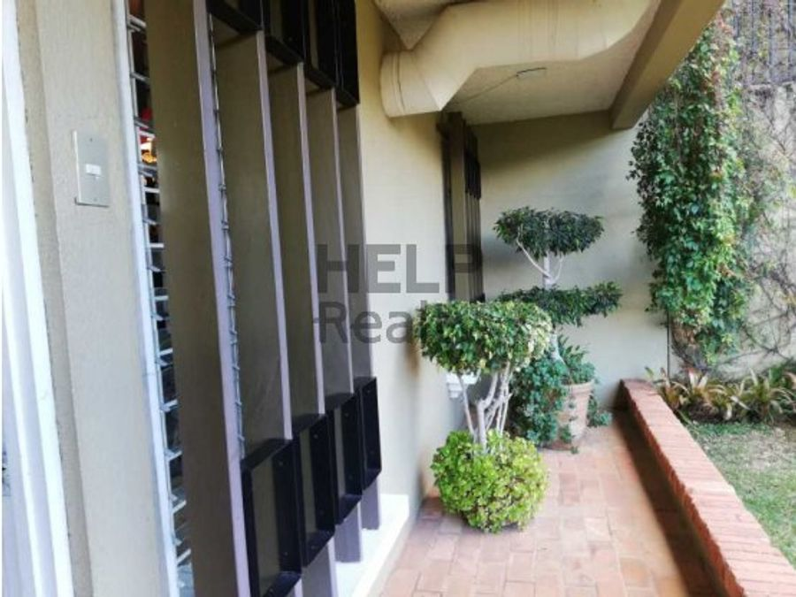 se vende condominio en curridabat