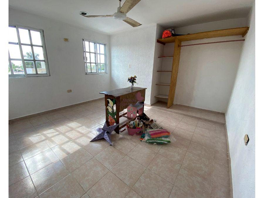 casa en venta de 4 habitaciones al poniente de merida