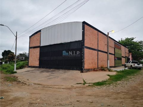 remato deposito zona puerto pabla en esquina