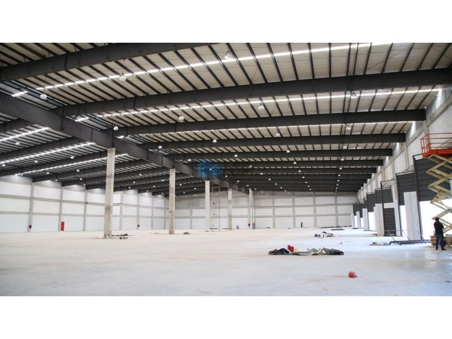 deposito de 6000 m2 zona abasto norte