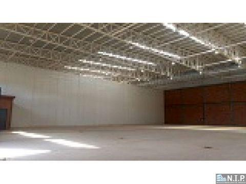 deposito de 3500 m2 zona aeropuerto