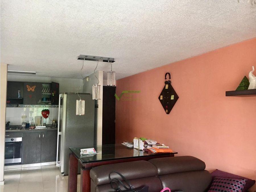 se vende apartamento duplex en pereira