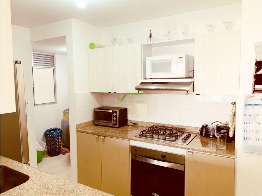 se vende apartamento en valle de lili