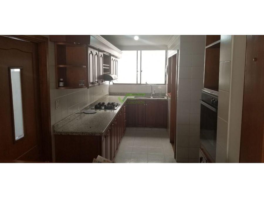venta apartamento 3 alcobas avenida 30 de agosto pereira