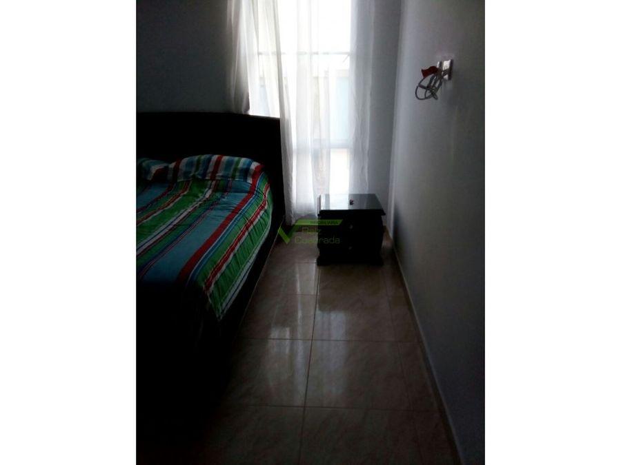 se vende apartamento en la graciela dosquebradas