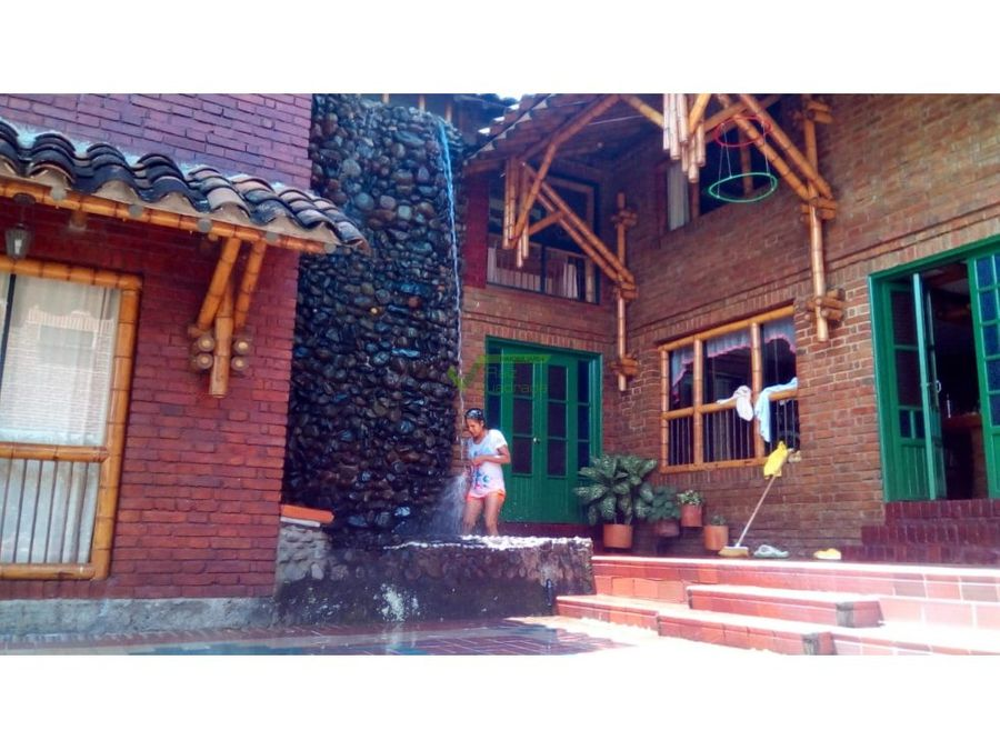 se vende casa campestre en pereira via armenia