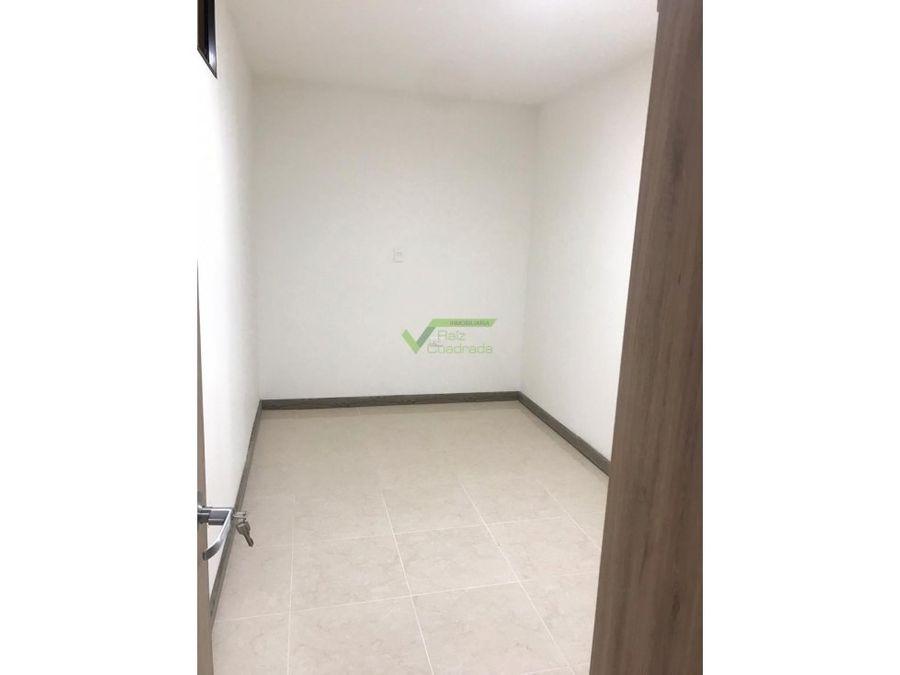 se renta apartamento avda 30 de agosto