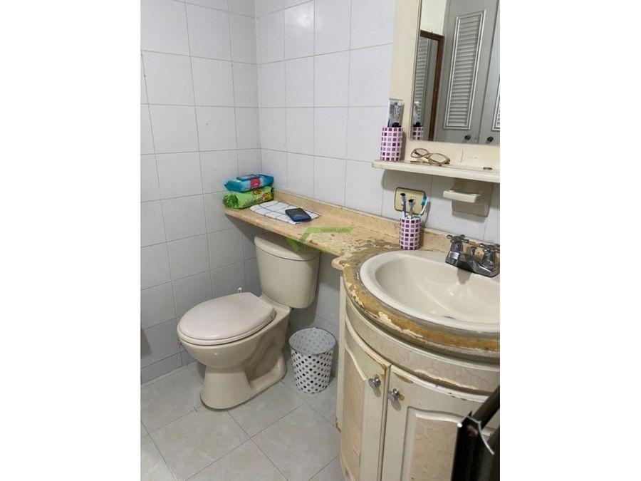 se vende apartamento en villa elena cartago