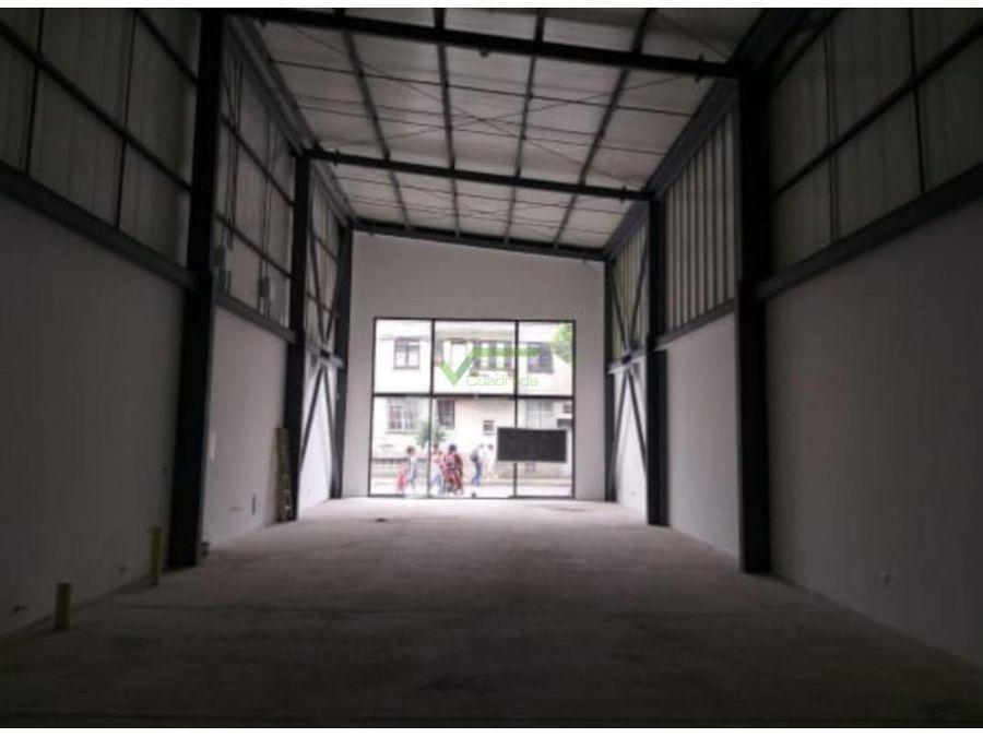 renta espacio abierto de 180 mts2 centro de pereira