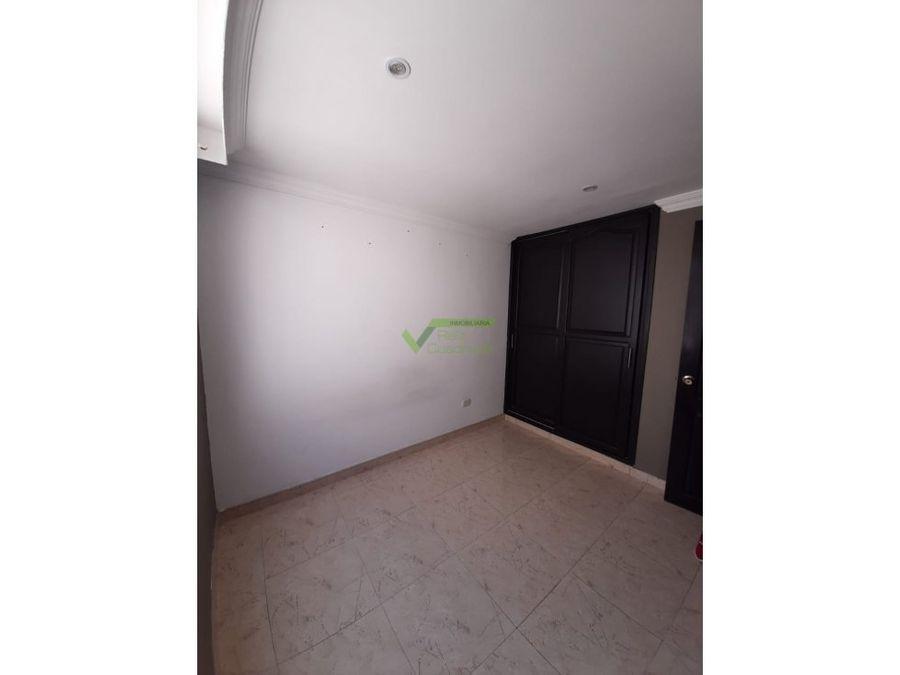 se vende apartamento en la zona de cuba