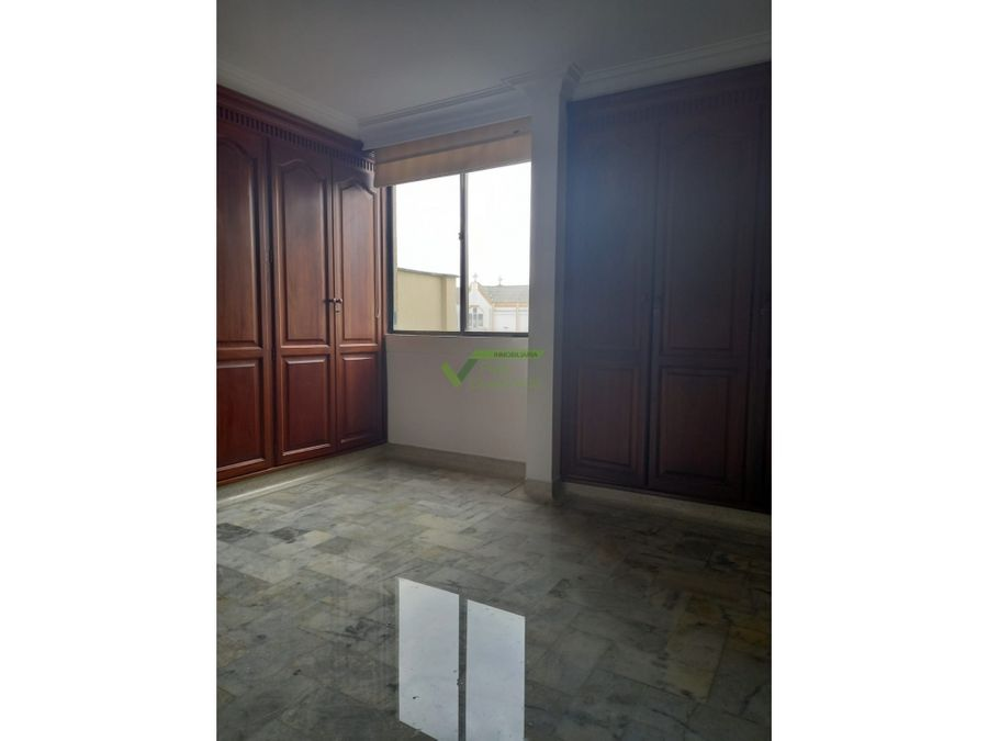 se vende apartamento en el centro pereira