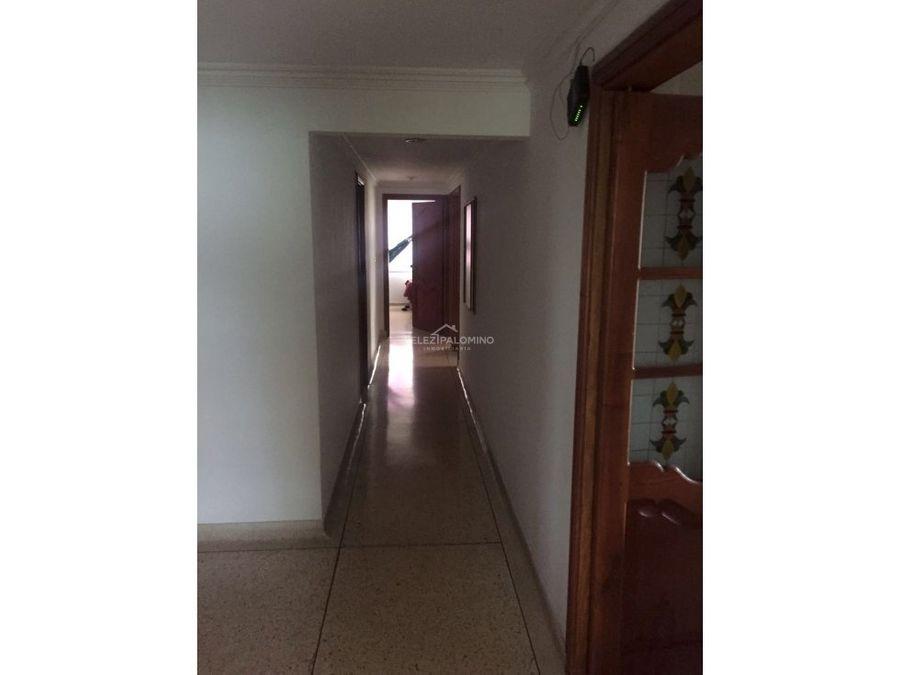 apartamento en castillogrande edificio larissa