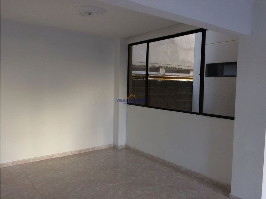 apartamento en crespo edificio zolimar