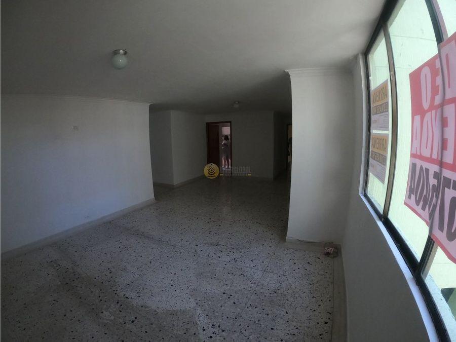 apartamento en arriendo o venta en riomar
