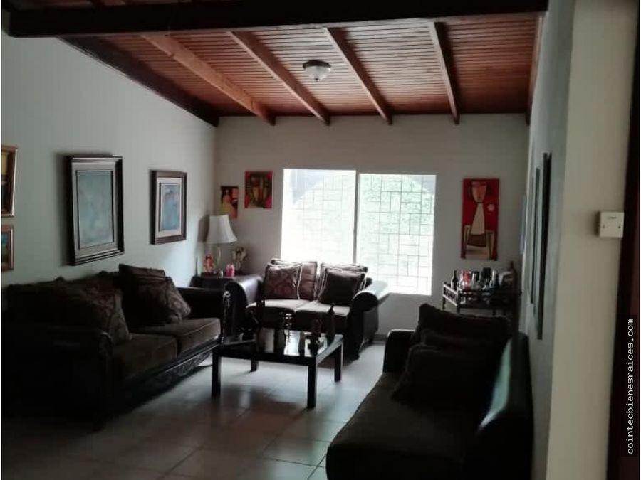 alquilo casa modernacolcastanosideal para oficina900