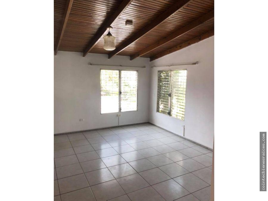alquiler de casa para negociocolflorencia1200