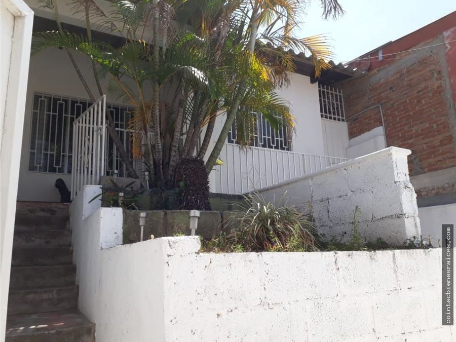 vendo casa modernaloarquecircuito l1950000