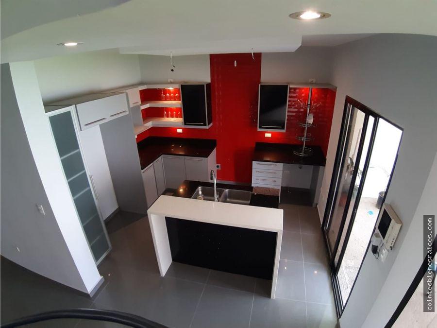 vendo casa modernaampliadoble circuito3 habbodega l530000000