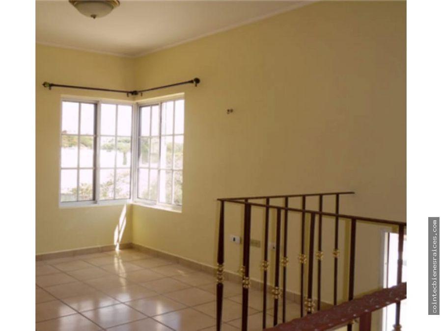 alquilo modernaamplia casa resroble oeste800