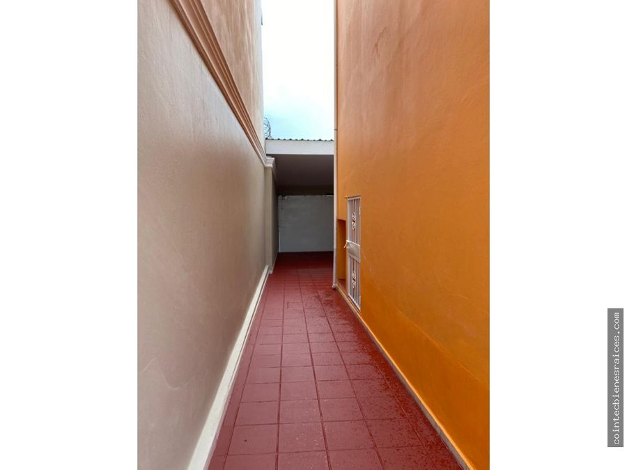 alquilo casa modernareslomas de toncontin l15000