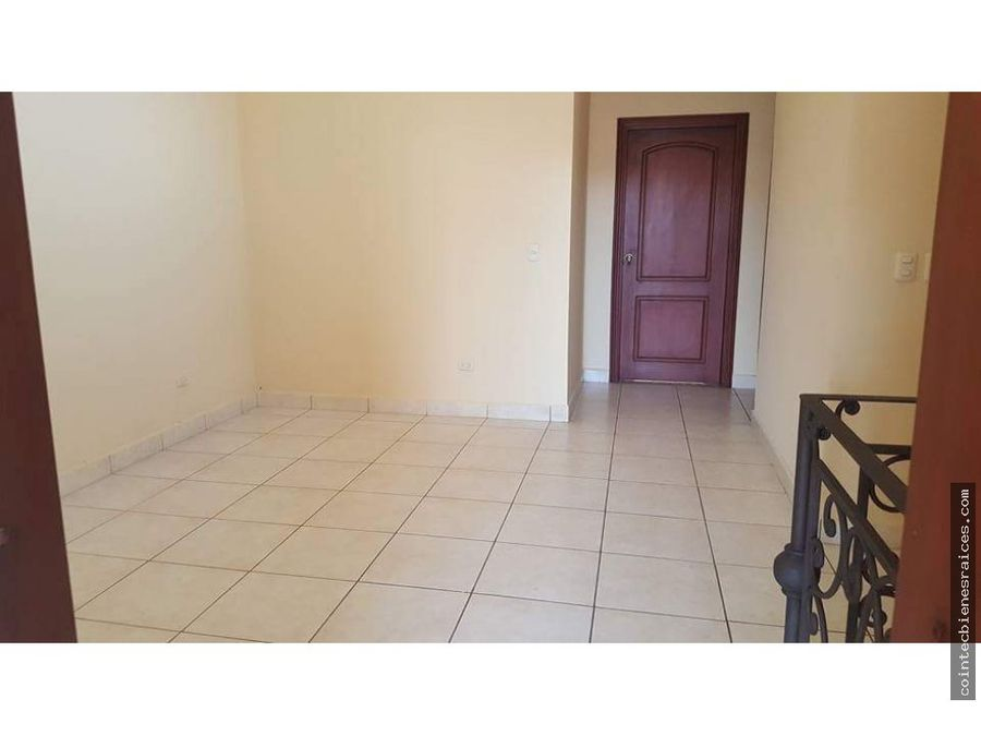 venta de casa en residencial el trapiche 220000