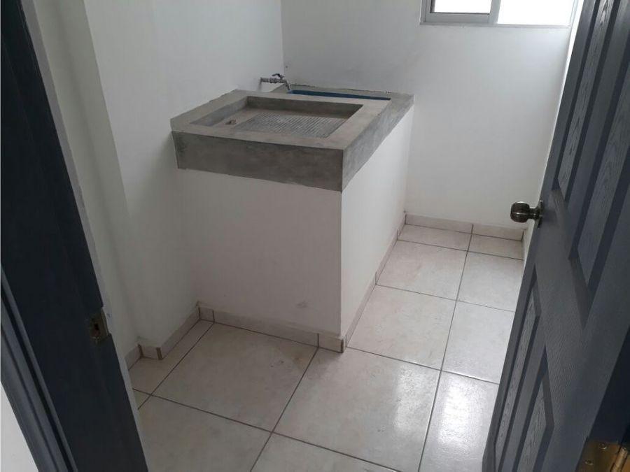 alquilo apartamentos nuevos en las uvas l10000