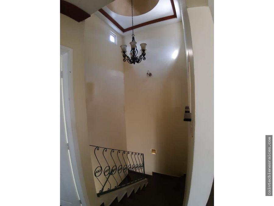 alquilo casa modernala haciendacircuito 1000