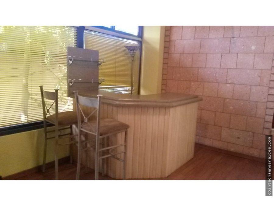alquilo condominio amueb lomas del guijarro 1300
