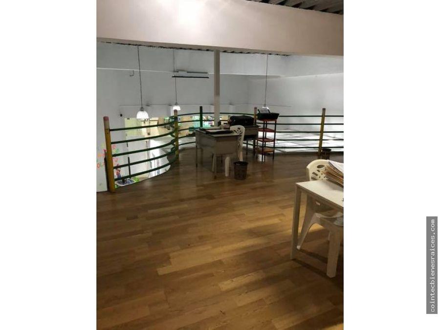 alquilo local en nova center10471 m2 2300