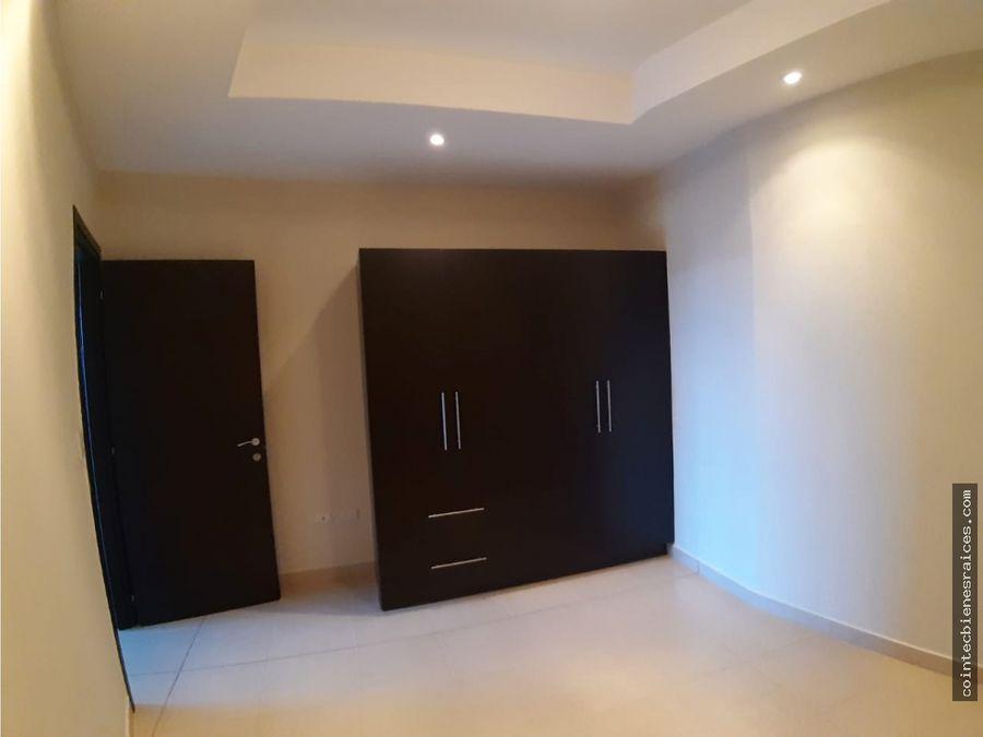 alquilo apartamento de lujolomas del guijarro 590