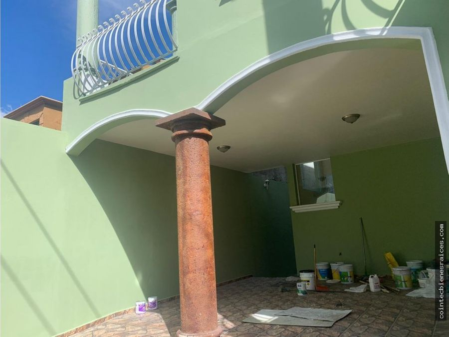 alquilo casa modernagrandereslas hadas l19000