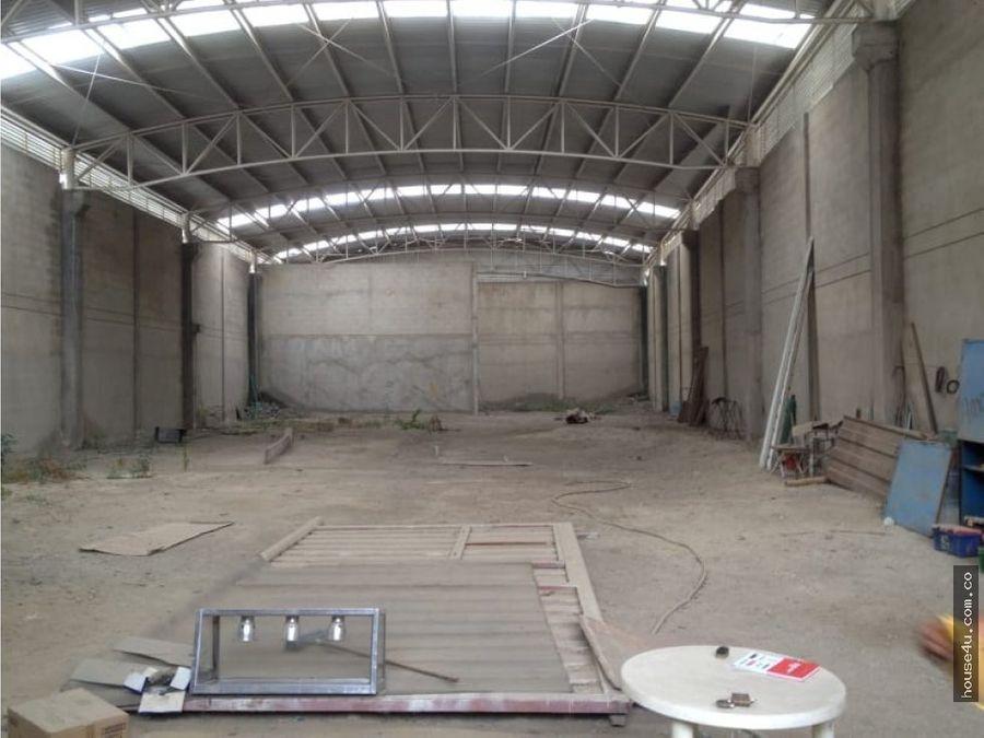 se vende bodega industrial de 900 metros cuadrados