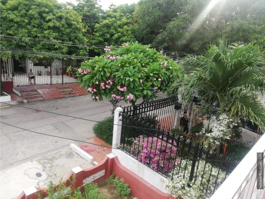 se vende casa en el barrio paraiso