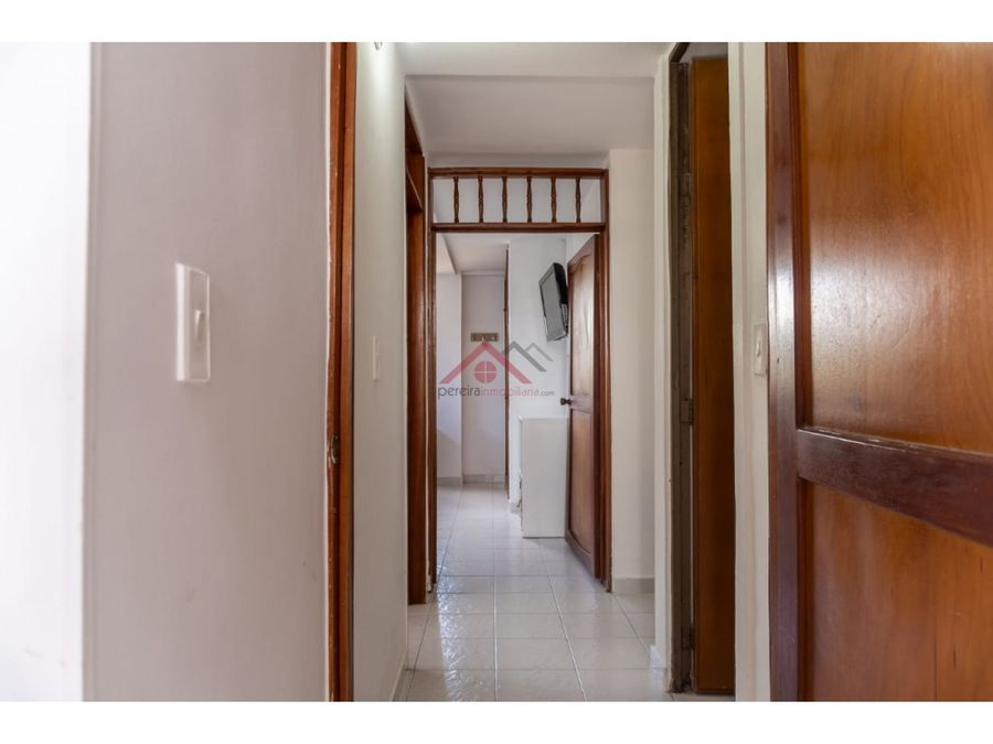 se vende excelente apartamento en conjunto dosquebradas