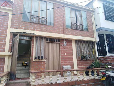 venta de casa de dos pisos independientes