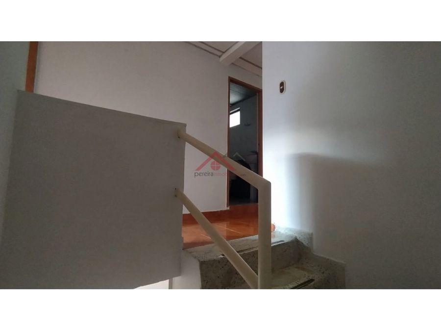 se vende casa duplex sector milan dosquebradas