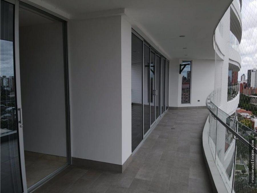 se vende apartamento en zona de riomar