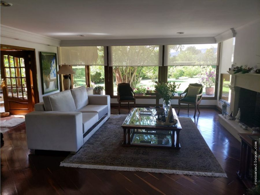 se vende fabulosa casa en chia