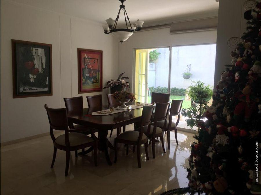 vendo casa en sector de la castellana