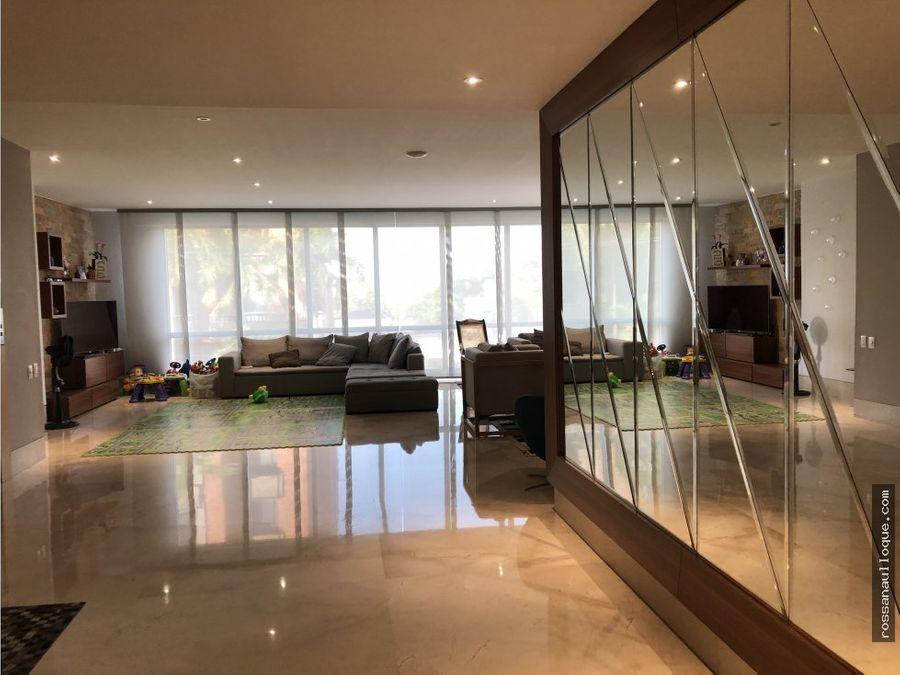 se vende apartamento en zona golf