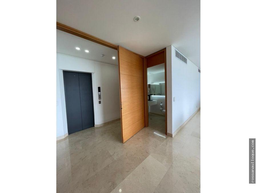venta de apartamento en sector exclusivo de la ciudad