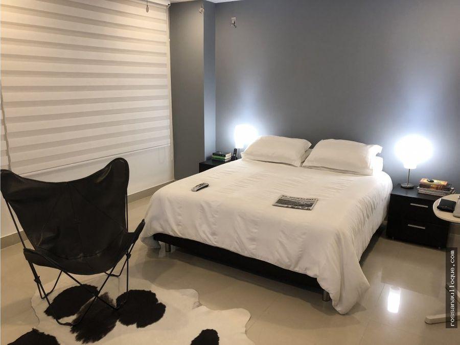 se vende apartamento remodelado en villa country