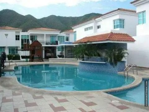 vendo hermosa casa en aquamarina