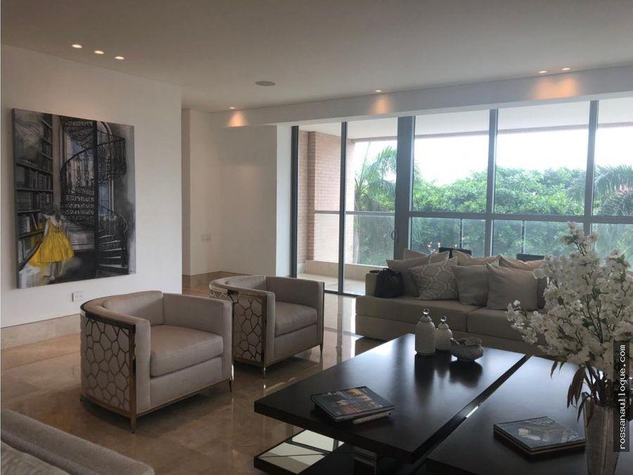 se vende lujoso apartamento en el sector golf