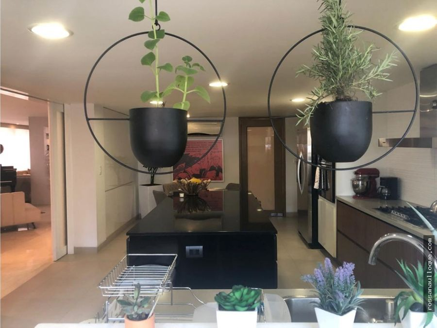 vendo hermoso apartamento en buen sector de la ciudad